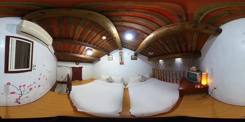 6-2兩人套房兩小床閣樓