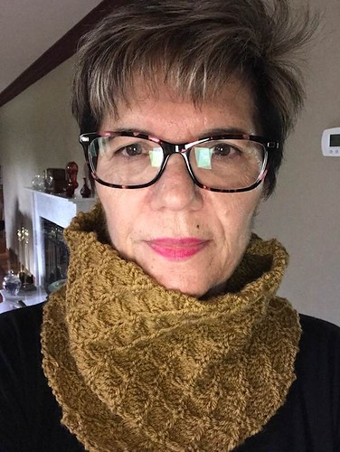 Angela's Diamond Cowl