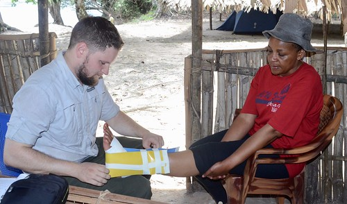 Head Warden treated by Colin with American marine medical kit
