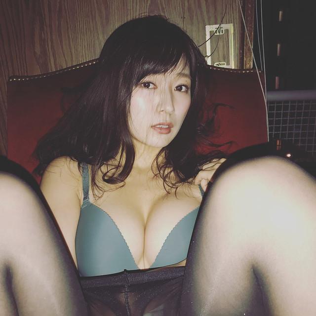 階戸瑠李35