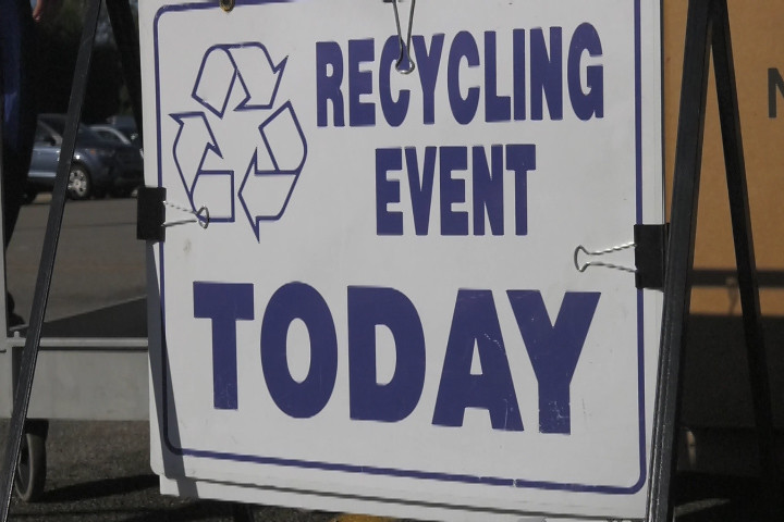 Meridian Township Hosts Fall Recycling Event