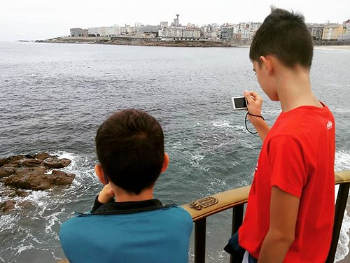 Cambiando de estación junto a la pareja. #welcomeautumm #outono #coruña #mar #sea #fallfirstday #autumm #sunday #phonephoto