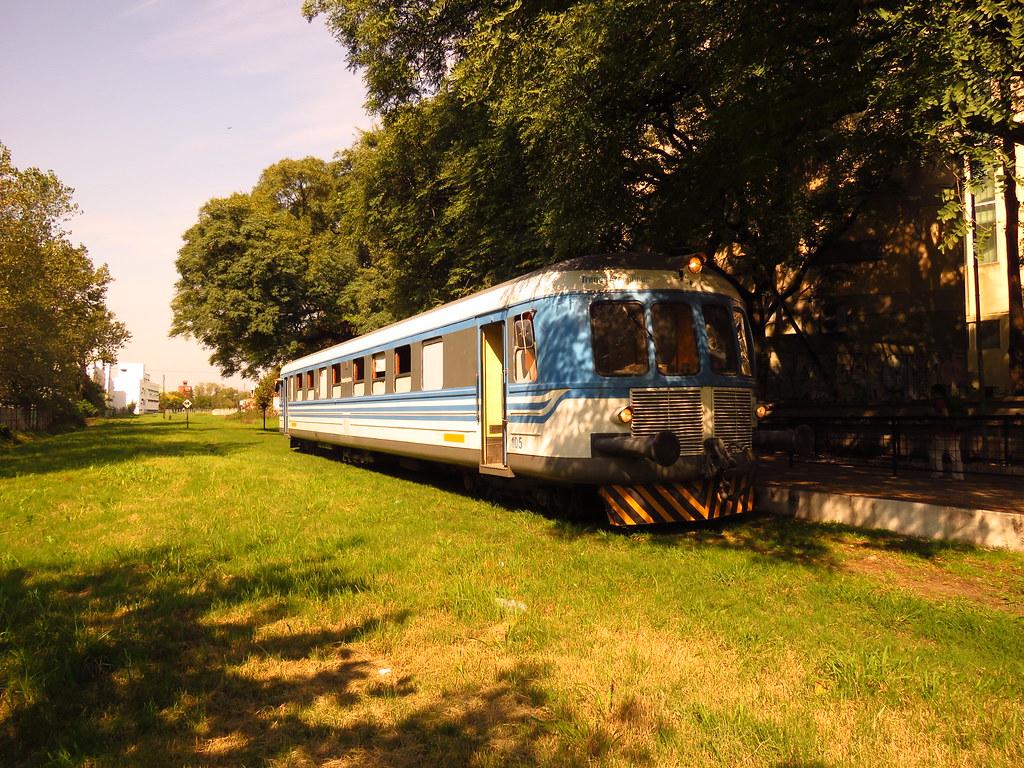 Электричкой из Буэнос-Айреса. Университетский поезд в Ла-Плате и береговой поезд в Тигре