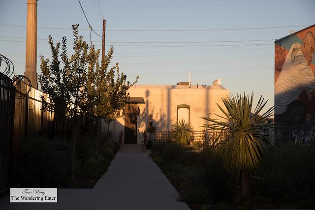 Front area of Apothéke LA
