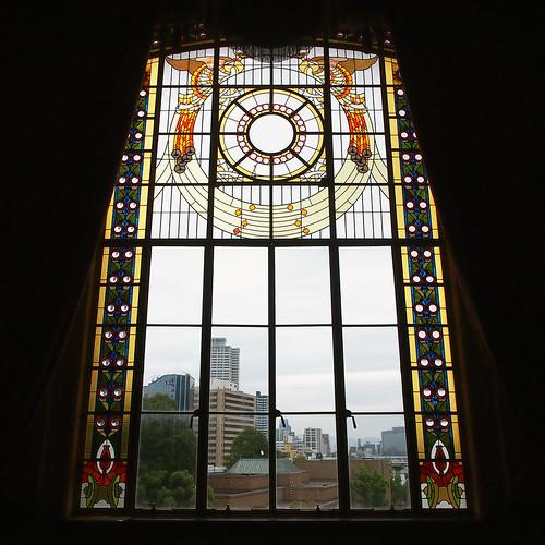 大阪市中央公会堂特別室ステンドグラスアップ