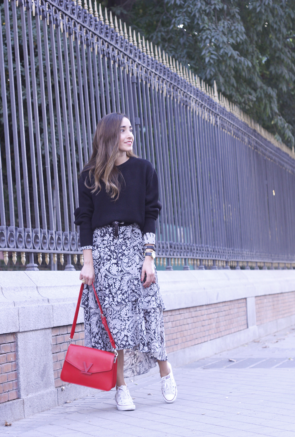 how to wear a midi dress with a sweater converse valentinobags street style casual outfit 20183239