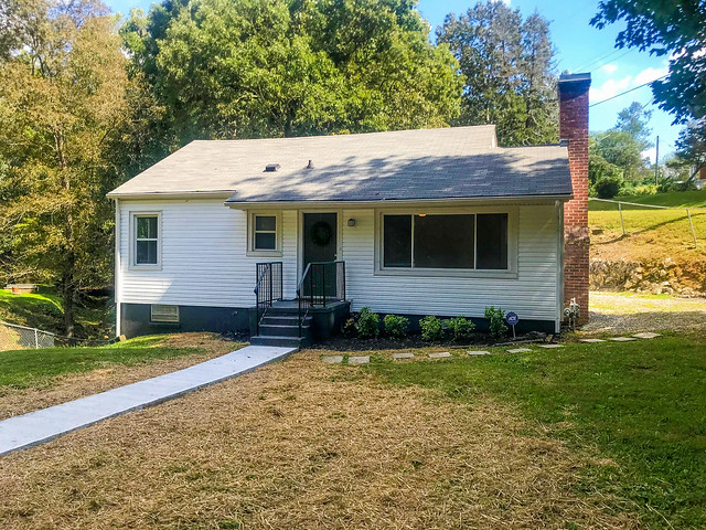 1132 Biddle Street, Knoxville, TN 37914