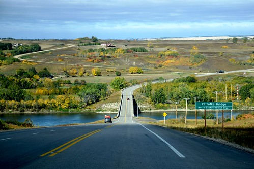 saskatchewan bridge river