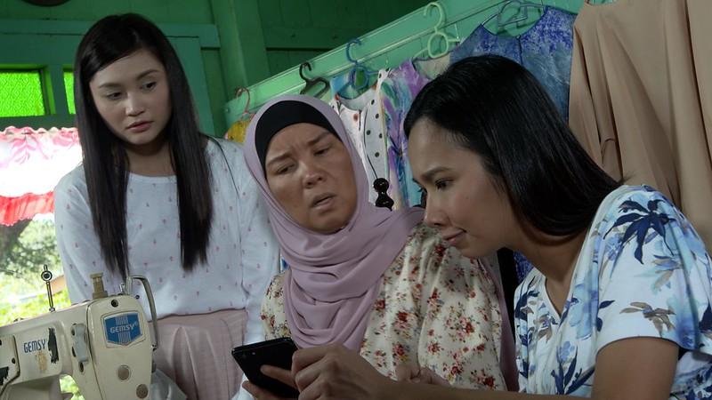 Aku Nazmi, Ayda Jebat, Sheila Rusli, Dayana Roza