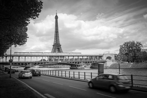 Commuters' View, Paris, 2015