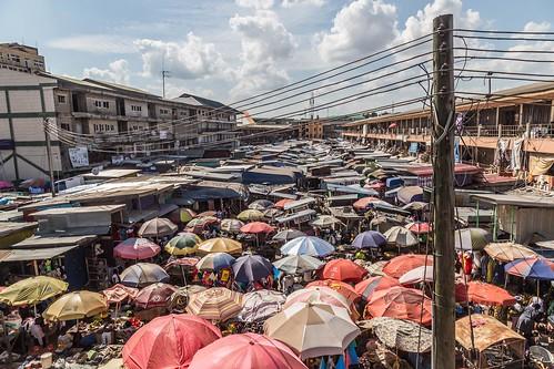 ghana kumasi market umbrella ashanti gh