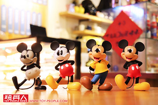 歡慶米奇90週年!把各個時期的米奇全收藏~~ Figuarts Zero【米奇 1920s~現代】ミッキーマウス 1920s~MORDEN 開箱報告&情境照!