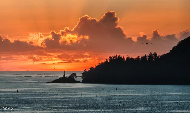 Faro da illa de Tambo