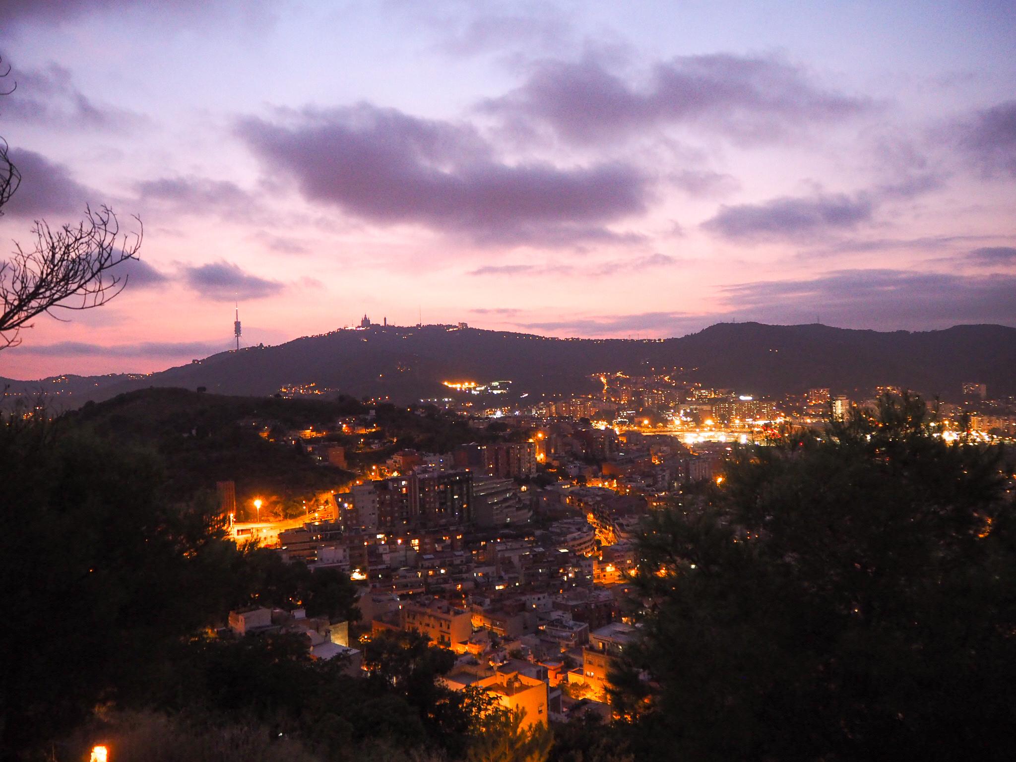Bunkers del Carmel näköalat yöllä