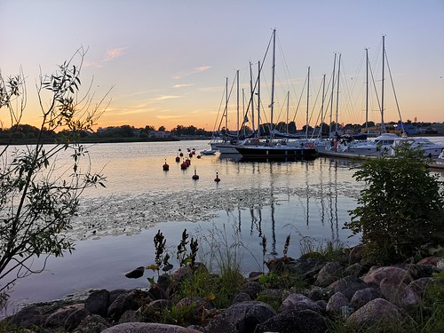 estonia eesti viro roadtrip pärnu parnu sunset sea baltics harbor harbour