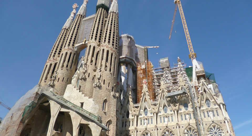 Bezienswaardigheden L'Eixample Barcelona, La Sagrada Familia | Mooistestedentrips.nl