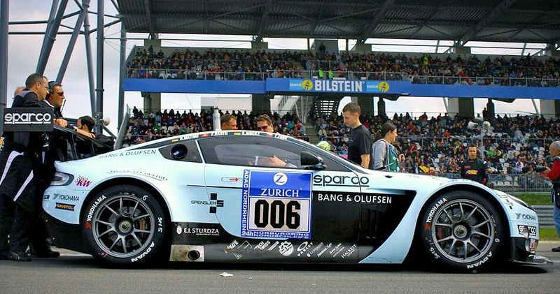 ASTON MARTIN VANTAGE GT3 TEAM YOUNG DRIVER AMR