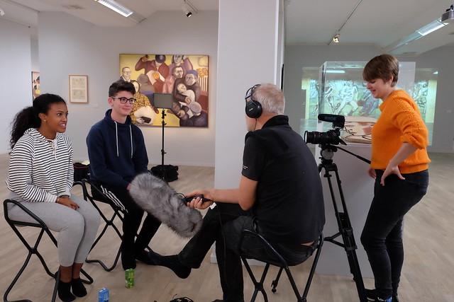Runda Bordet Film dokumenterar workshopen.