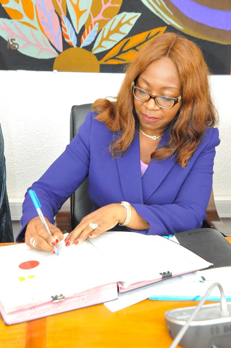 Amadou Ba lors de la Signature des Accords de prêt portant sur le financement des projets du PSE avec la BAD (4)