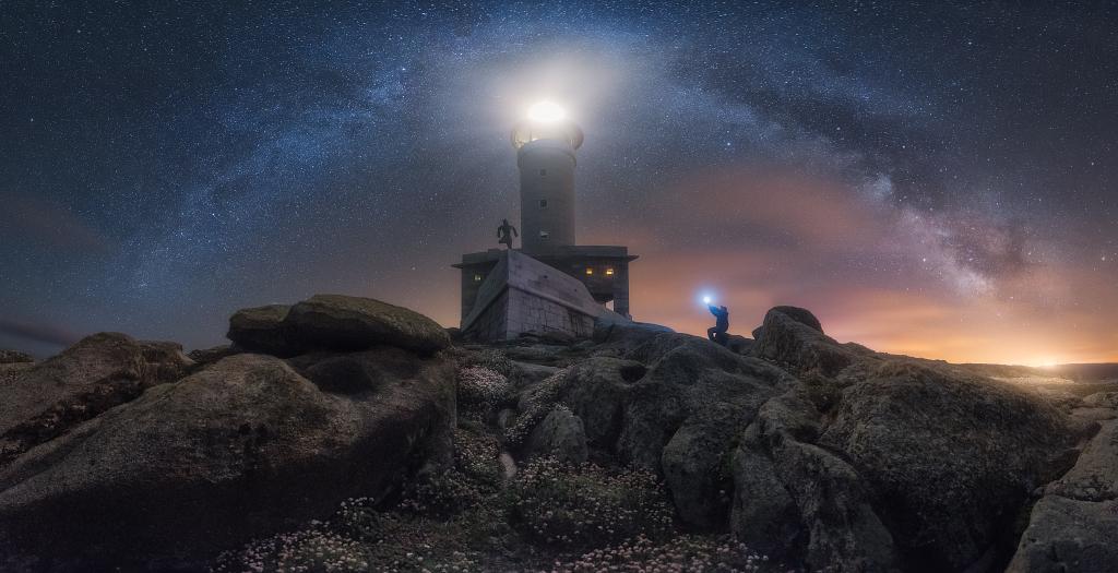 AV07 AV25 Juliocastro (España) - El Faro de mis sueños - Tomada en Faro de Punta Nariga, Costa da Morte en Galicia (España) el 1