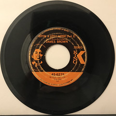 JAMES BROWN:PART TWO(LET A MAN COME IN AND DO THE POPCORN)(RECORD SIDE-B)