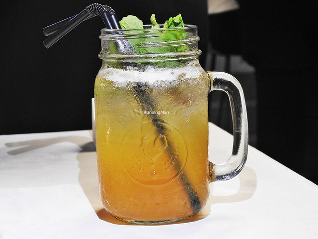 Pear & Passionfruit Iced Tea