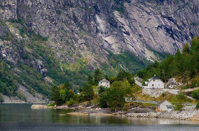 Eidfjord, Norway, Nikon D5100, Sigma 18-200mm F3.5-6.3 II DC OS HSM