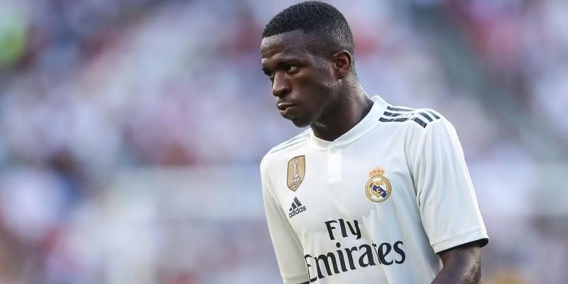 Solari: Pemain Real Madrid suka bermain dengan Vinicius