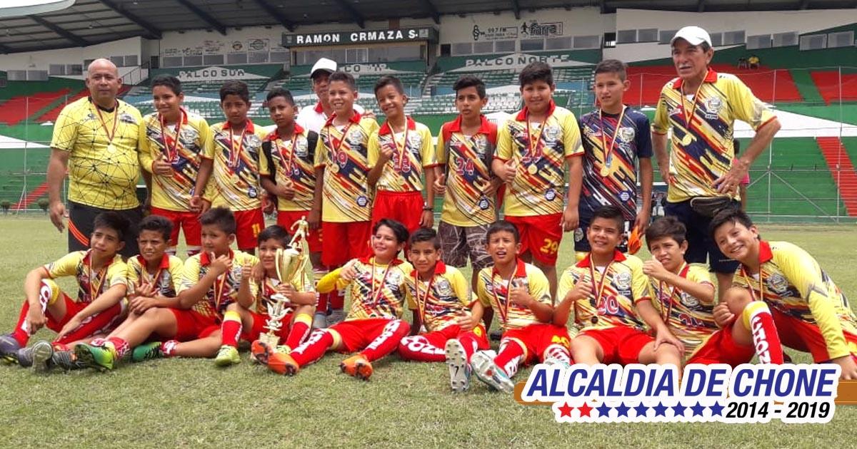 Sub 12 de fútbol de Chone competirá en Machala