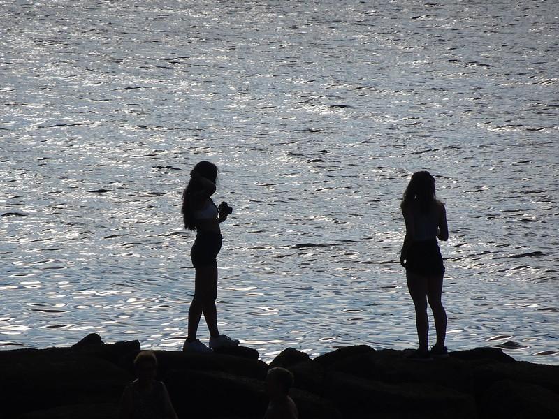 Chica fotógrafa y chica