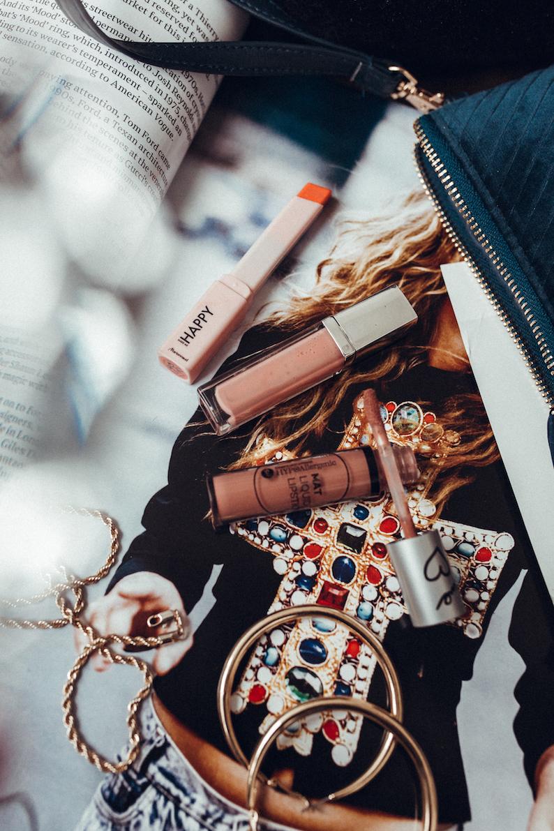 Makeup_Routine_Fashiontweed-28