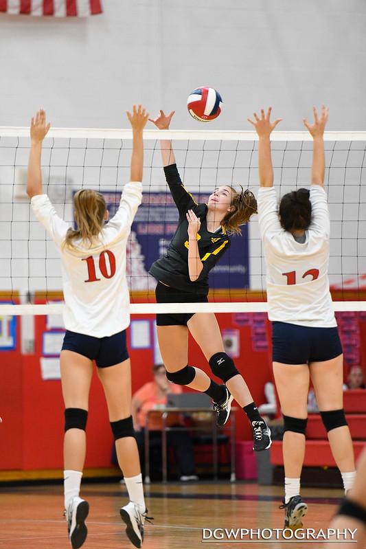Foran High vs. Jonathan Law - High School Volleyball