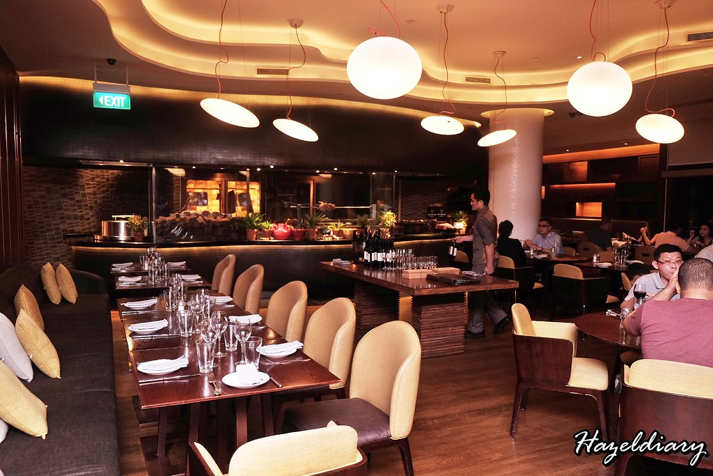 Opus Bar and Grill-Hilton Singapore-1