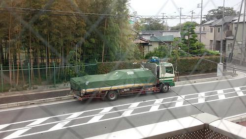2018/10/4 わらびりんご通りの路上待機トラック H氏撮影