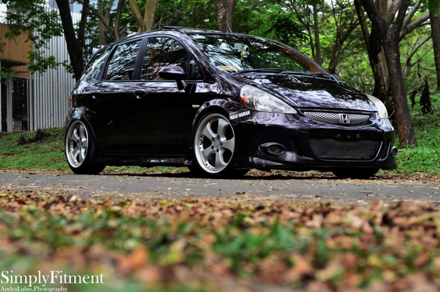 devin's honda jazz on riverside stinger