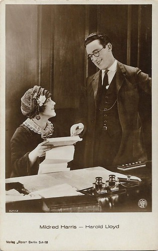 Harold Lloyd and Mildred Davis in Safety Last! (1923)