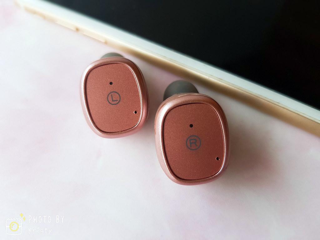 006-耳機特寫拷貝