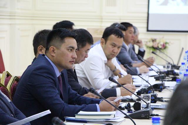 """Обсуждение проекта """"Дорожной карты по повышению энергоэффективности общественных бюджетных зданий в Кыргызстане"""""""