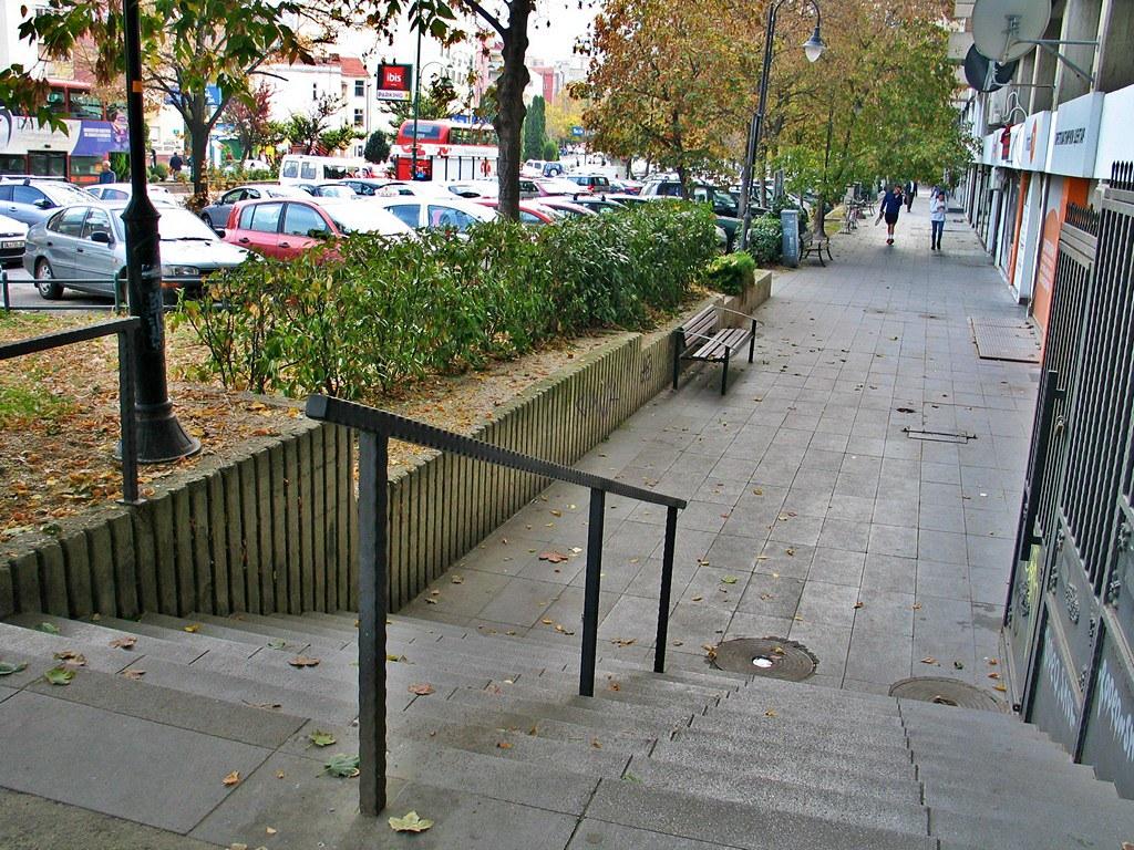 Сцени од скопските улици 17