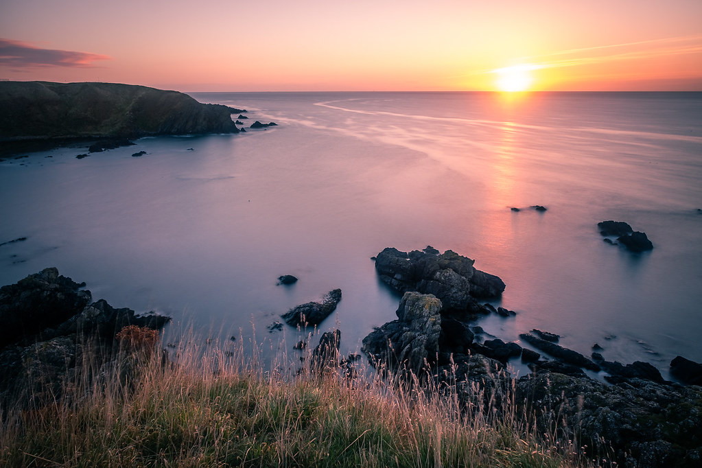Sunrise in Stonehaven, Scotland picture