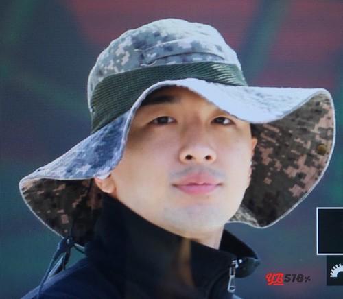 Taeyang Daesung Ground Forces Day 3 2018-10-08 (3)