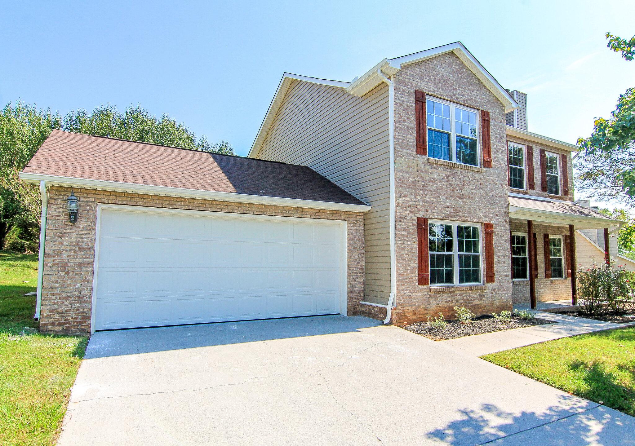 1806 Poplar Hill Rd, Knoxville, TN 37922