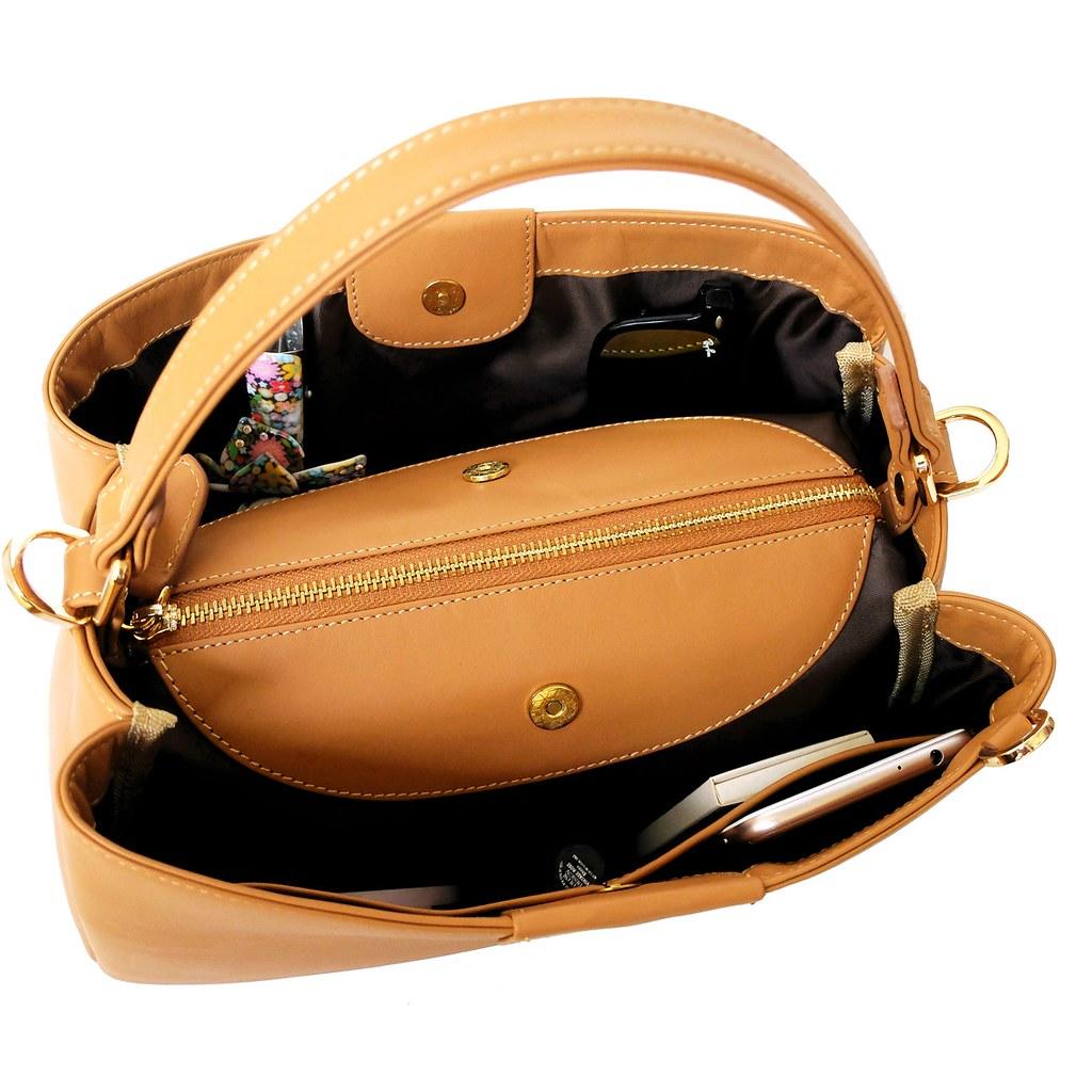 inside handbag valley