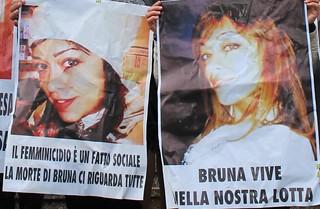 I manifesti per Bruna Bovino uccisa nel 2013