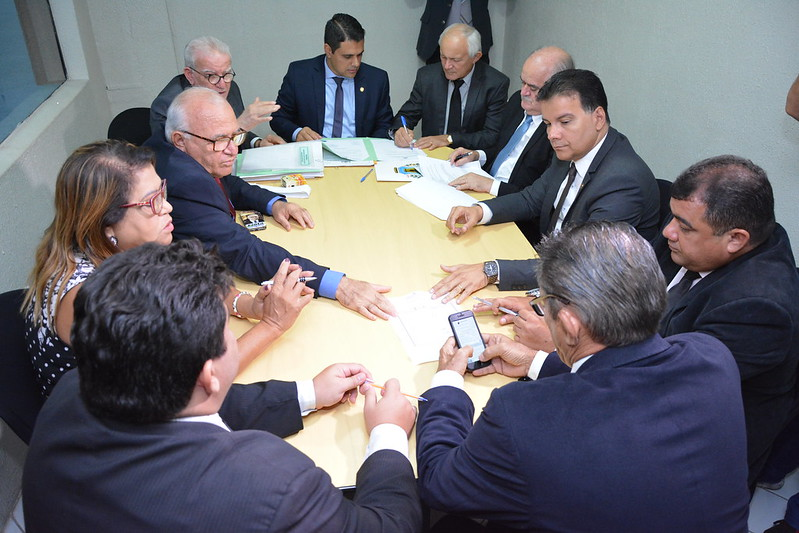 Comissão Conjunta de Justiça e Orçamento