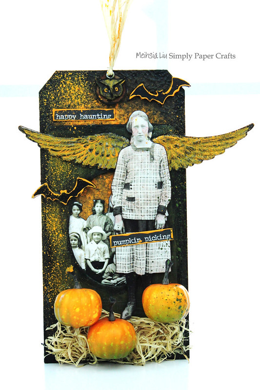 Meihsia Liu Simply Paper Crafts Mixed Media Tag Halloween Wing Pumpkin Bat Wing Simon Says Stamp Monday Tim Holtz