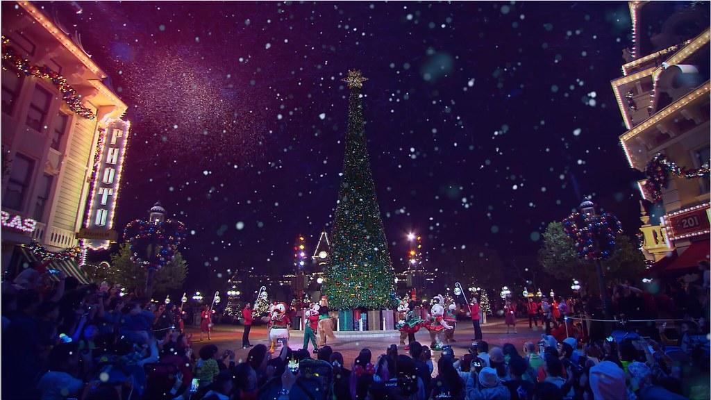 Hong Kong Diseyland Christmas