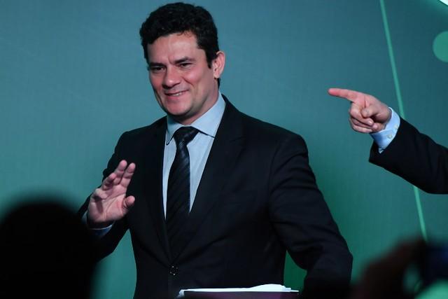 Bolsonaro confirmou em entrevistas à imprensa que deve convidar Moro para o Ministério da Justiça ou indicá-lo ao STF - Créditos: Foto: Nelson Almeida / AFP