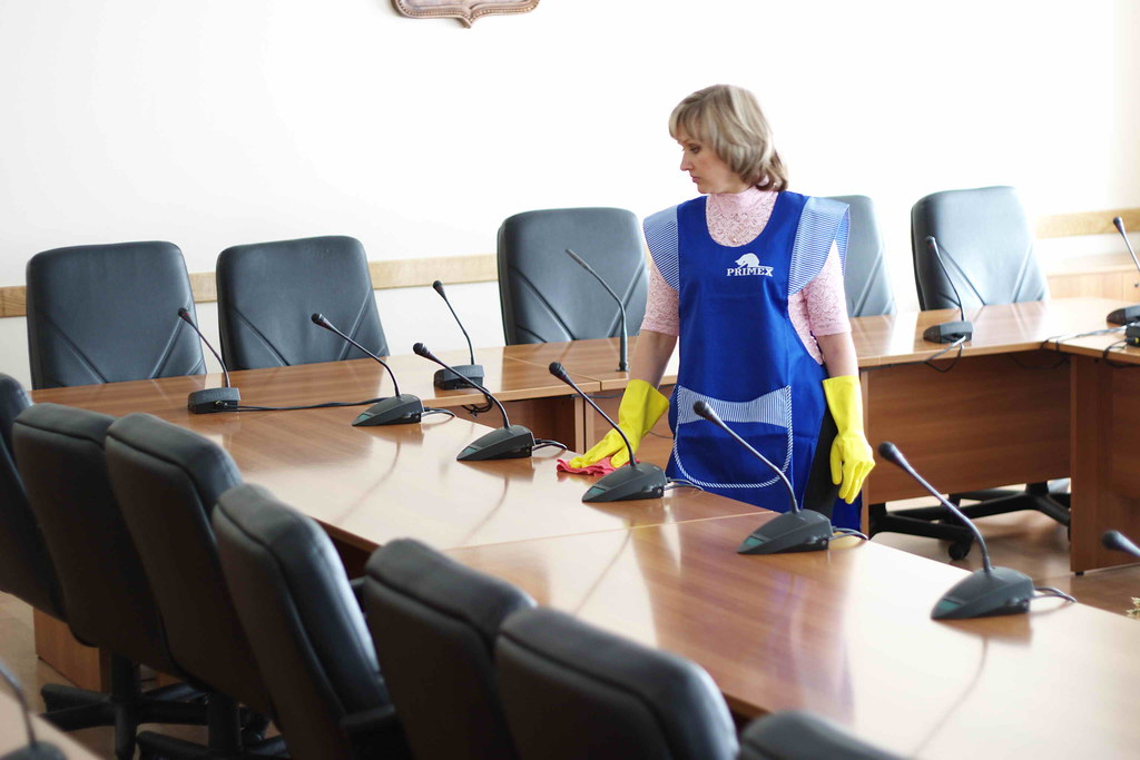 Top 10 reasons to clean your office chair regularly for hygiene and longevity - Image 1