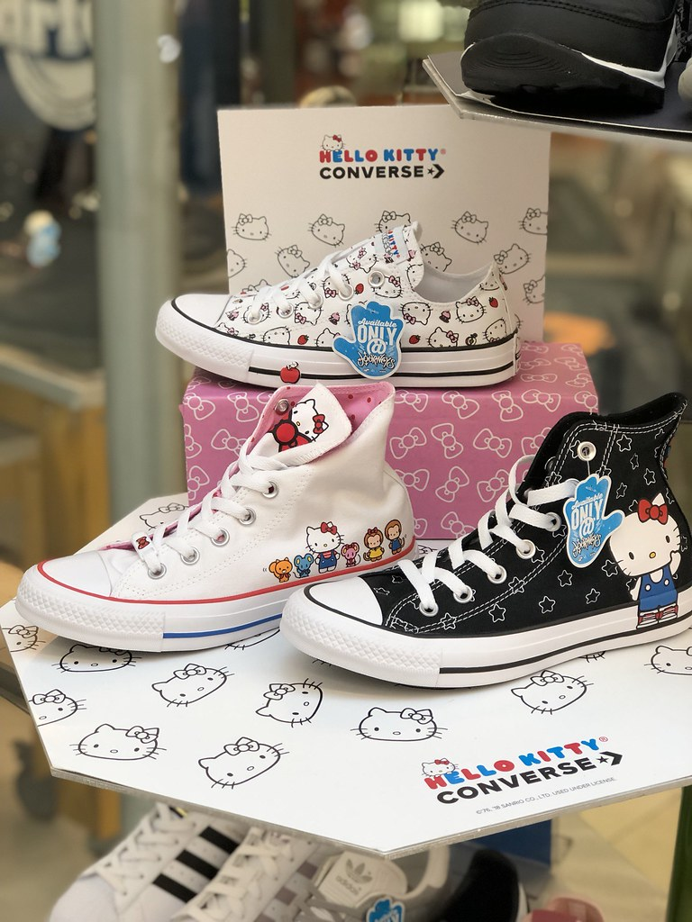 Converse x Hello Kitty Shoes